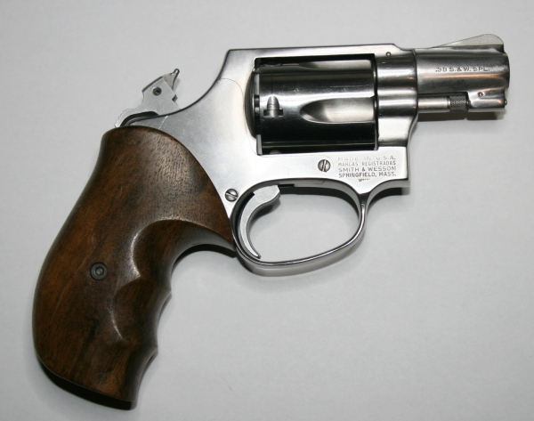 "Revolver Smith & Wesson Mod.60 stainless Kal.38 Spl.  2""-Lauf"